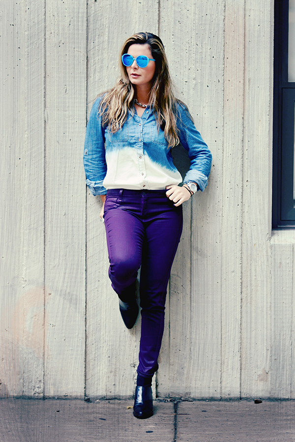 casual look with purple pants and denim shirt and boots, stilish and simple