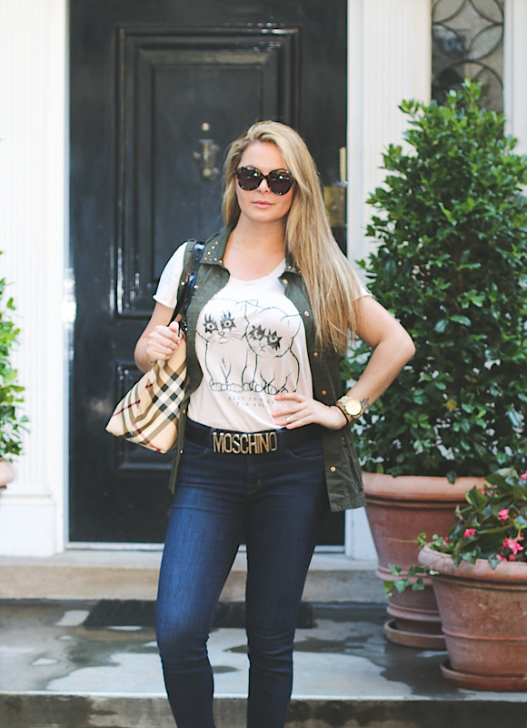 Stylish and casual look on ues new york
