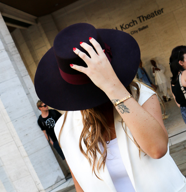 MBFW-white-Fancy-hat-8