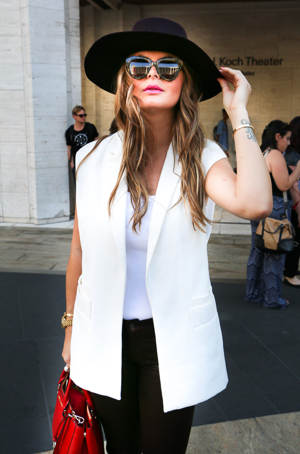 MBFW-white-Fancy-hat-9