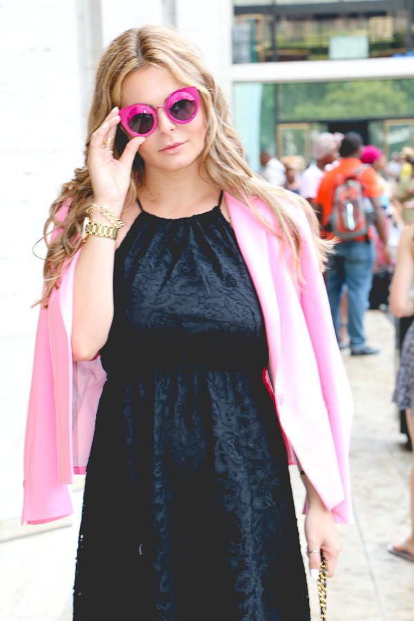 mbfw-blackdress-pinkblaser-7