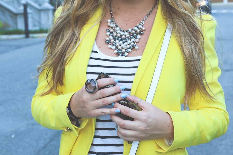 Yelloblazer-stripes-31