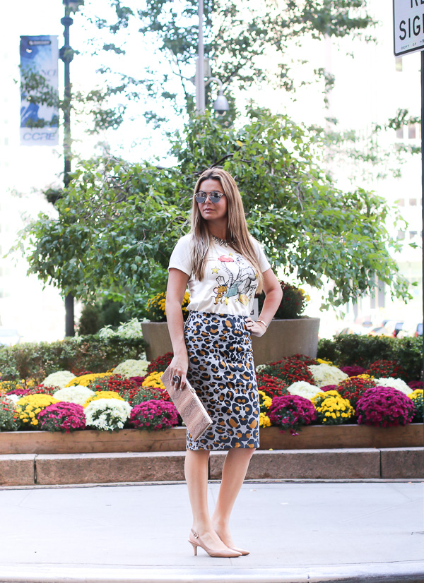 mixing Cartoon tee and classic skirt for an elegant and fun look