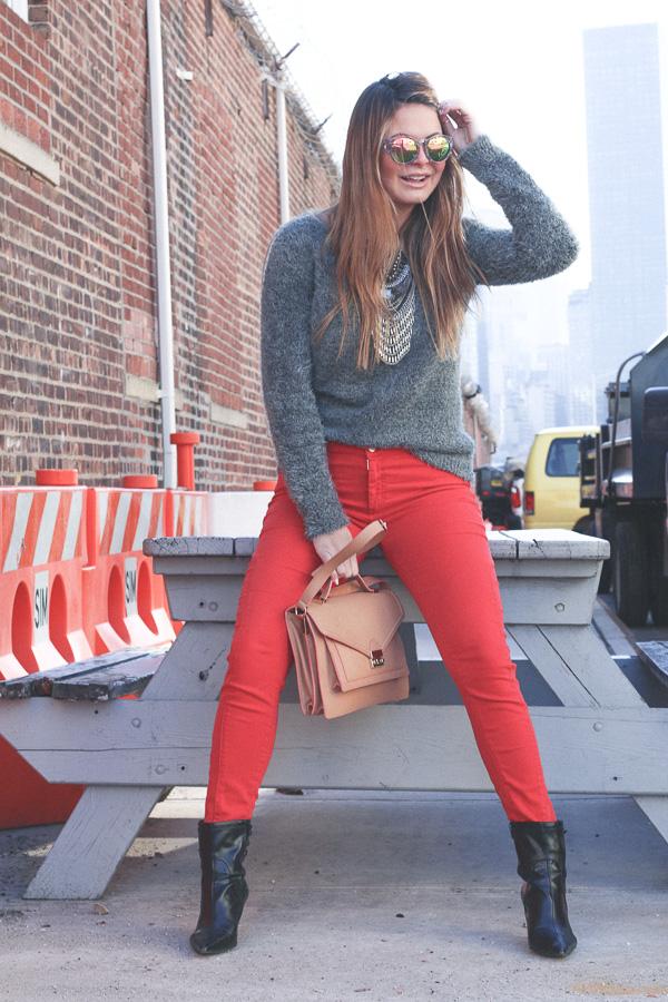 redpants-greysweater-f21shades-10