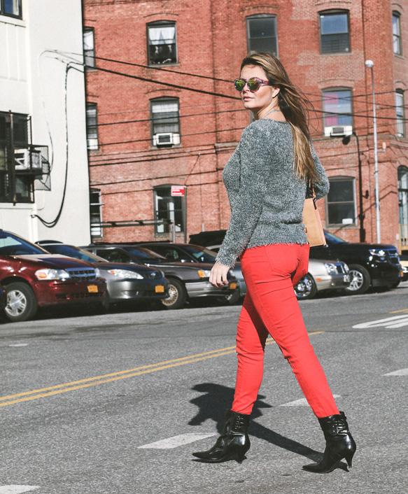 redpants-greysweater-f21shades-15