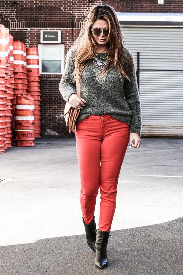 redpants-greysweater-f21shades-4