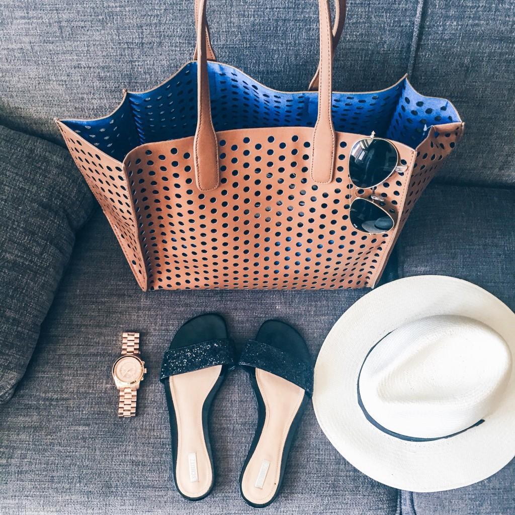 Vacation style panama hat
