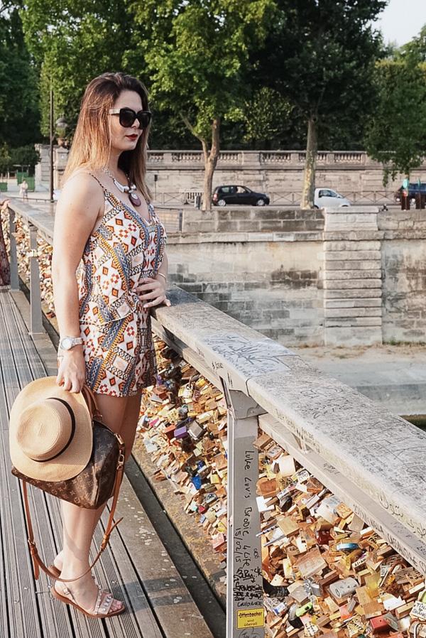 PARIS summer style and bridges