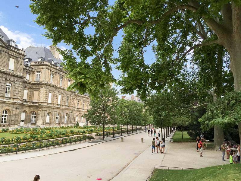 luxemburg_garden_summeroutfit-75