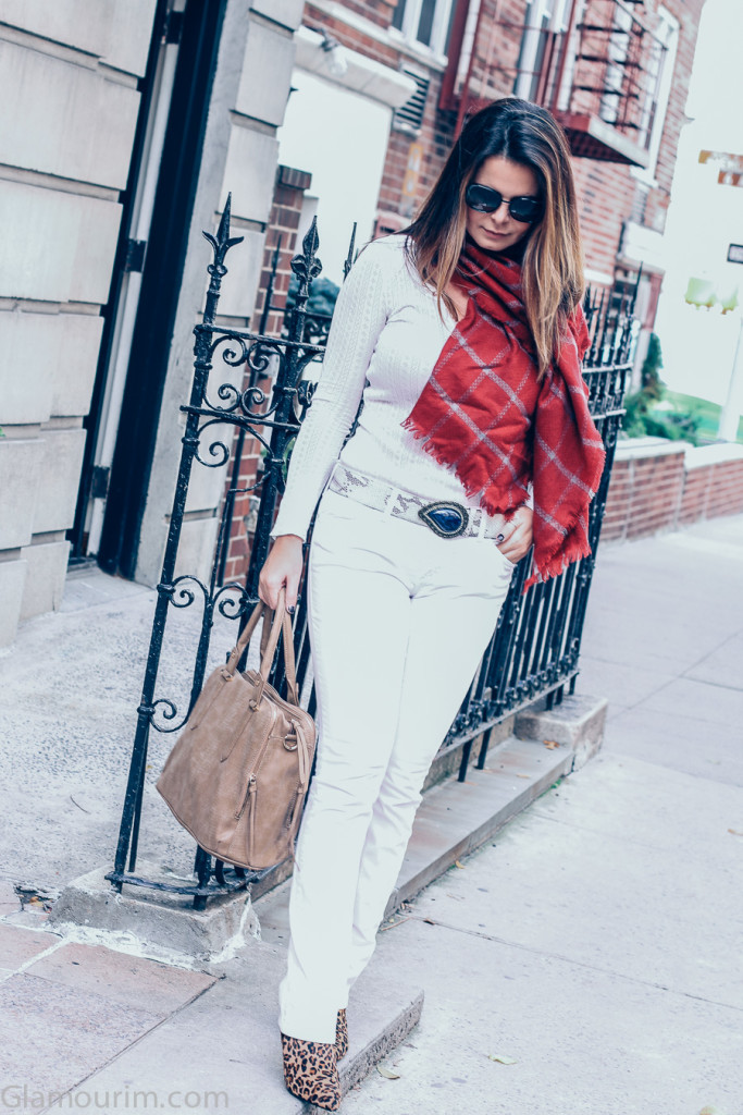 all white outfit for fall
