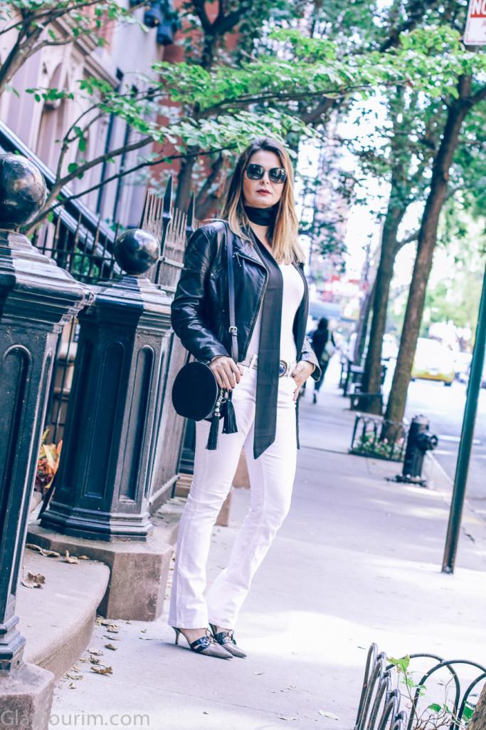 allwhite-Leatherjacket-streetstyle-10