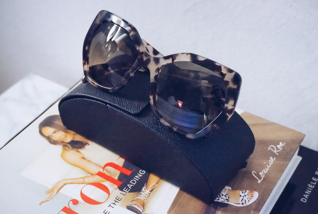 Shop Ditto design sunglasses