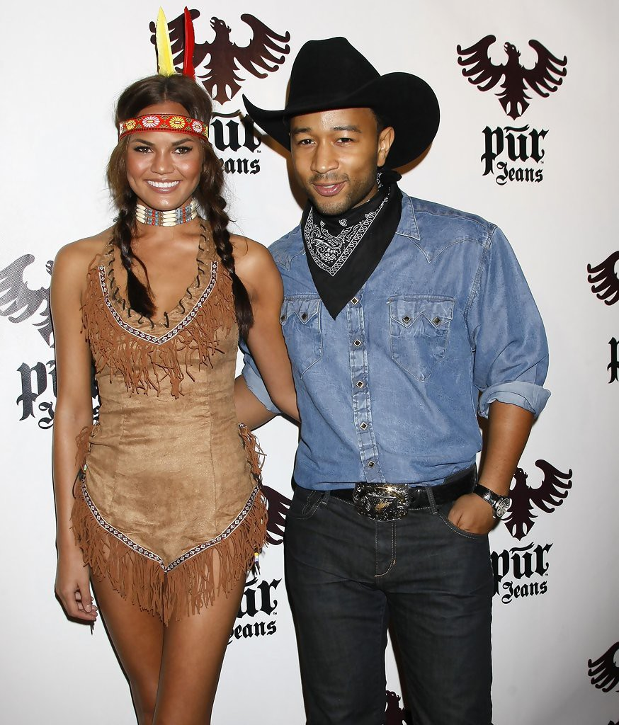 pur-jeans-halloween-couple
