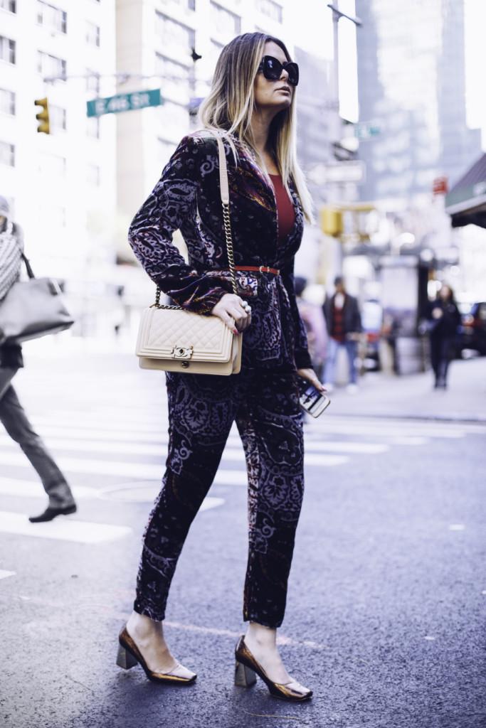 street style hilma lifestyle blogger from glamourim.com wearing velvet head to toe