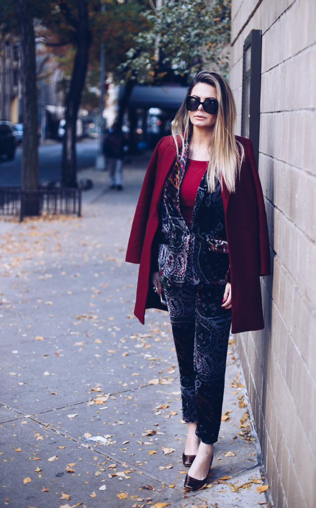 velvet trend and busrgundy coat by hilma from glamourim.com