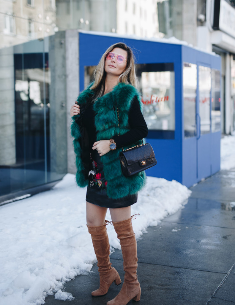 incorporate your faux fur vest into Spring style