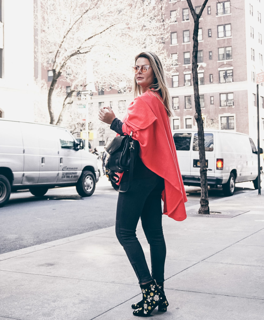 ny street style how to wear shawl in inspring