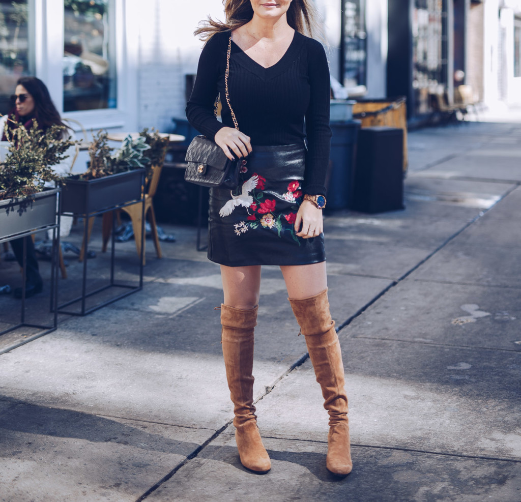 stuart weizman boots and embroidery mini skirt by glamourim lifestyle blog