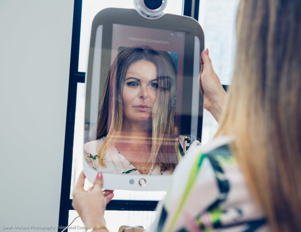 HiMirror The smart beauty Mirror